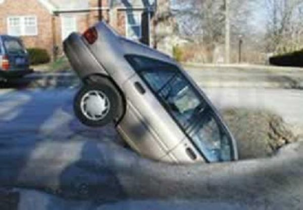Potholes: The Real Issue of Canaryville