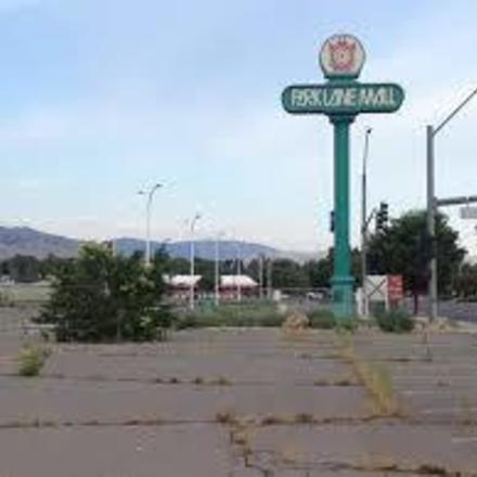 Large park lane mall