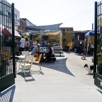 Gourmet Food Truck Courtyard